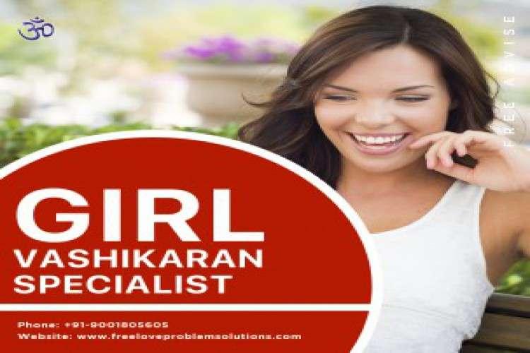Best astrologer online girl vashikaran specialist