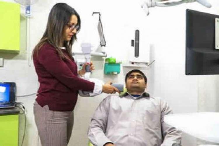 Best dentist in noida   viva dental clinic