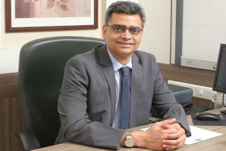 Dr mahesh kulkarni joint replacement surgeon in pune