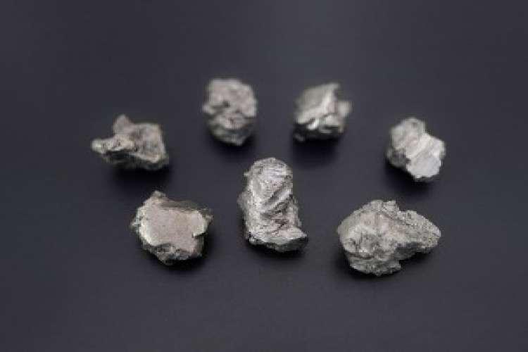 High purity titanium sponge