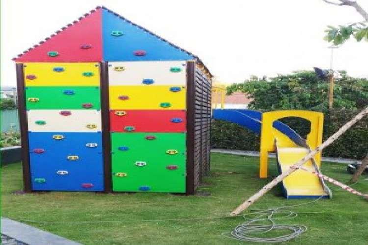 Kids playground safety flooring supplier in india
