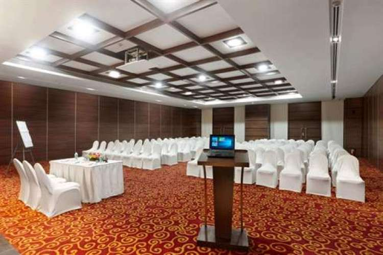 looking-for-hotels-in-khandala-with-budget-rooms-and-facilities_16274633121.jpg