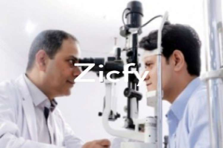 Ophthalmologist surgery in lucknow