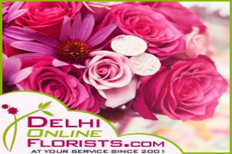Order online gifts to delhi at a low cost