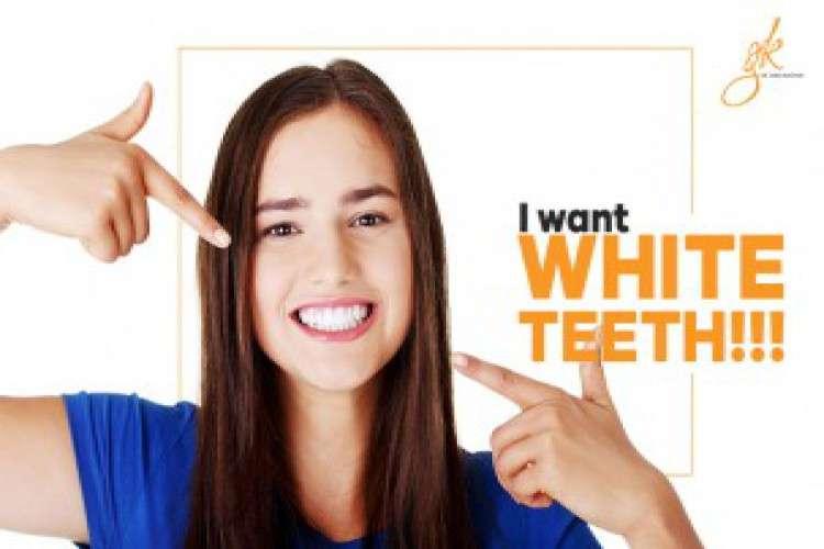 Teeth whitening dentist in delhi